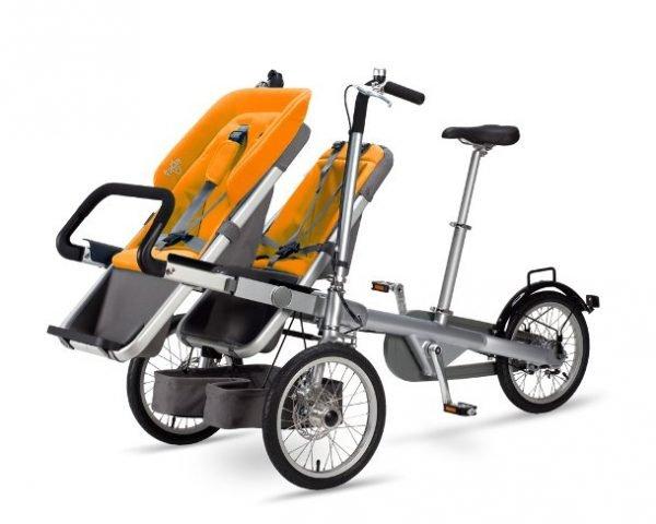 portare due bambini in bici seggiolino arancione