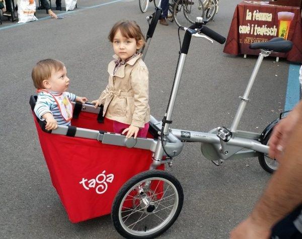 bicicletta creata per trasportare bambini