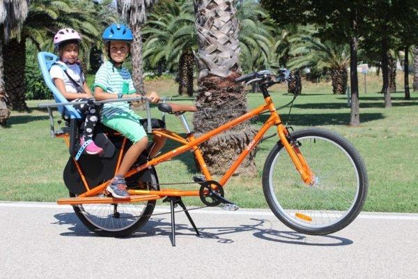 Family Bike R3 trasporto un bimbo piccolo +1 bimbo grande_
