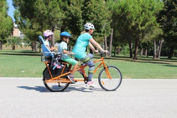 Family Bike R3 trasporto un bimbo piccolo +1 bimbo grande___