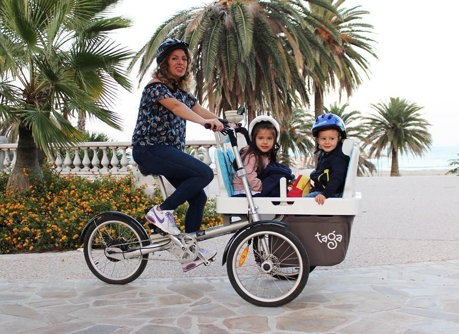 Fahrrad für den Transport von zwei Kinder